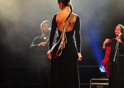 Tancerka z zespołu Kanzjonere Grekaniko Salentino