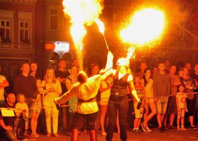 Pokaz ognia grupy Arche